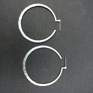Silpada P1287 sterling silver hammered hoops